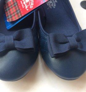 Туфли для девочки р36
