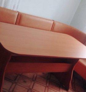 Кожаный кухонный диван уголок и стол на 12 мест