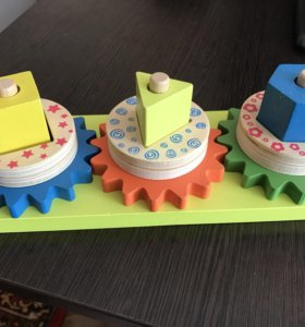 Игрушка для малышкй