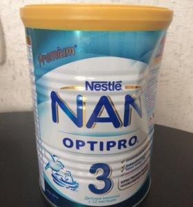 Продам смесь NAN 3