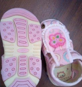 Новые тапули для девочки