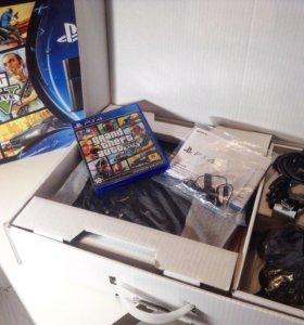 Sony PlayStation 4 (Ps4) + GTA 5