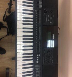 Синтезатор Yamaha PSR E453