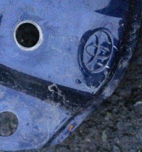 Крыло правое Toyota Corolla