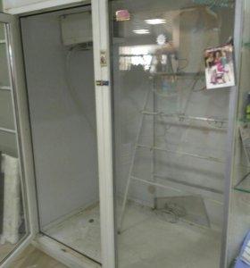 Продам холодильник для цветов.
