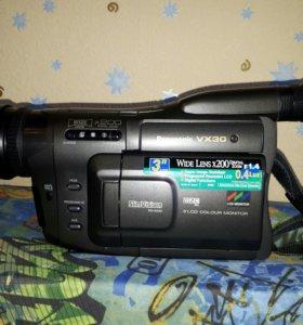 Видеокамера Panasonic VX30 кассетная