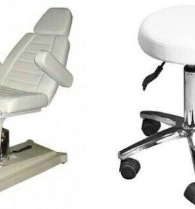 Педикюрное кресло и стул