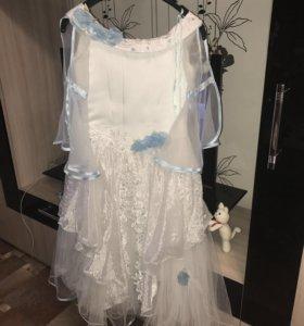 Платье в отличном состояние