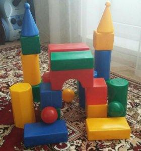 Кубики конструктор пластмассовый