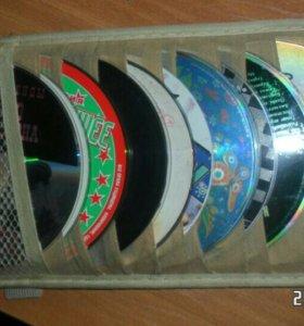 Козырёк для дисков в машину