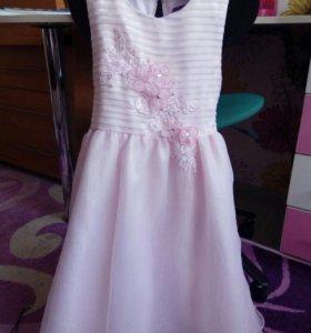 Платье праздничное р. 116