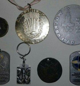 Сувениры (жетоны яйца монеты)