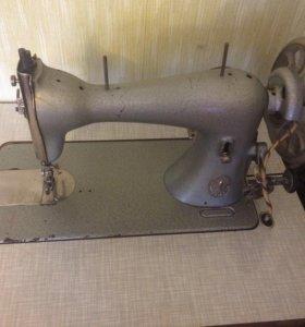 Швейная машинка Zinger (Германия)