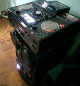 Сверхмошная звуковая система LG XBoom