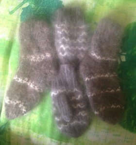 Варежки , носочки новые кроличий пух