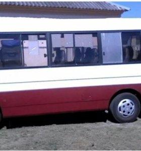 Автобус Kia Combi