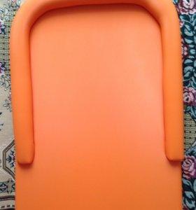Доска новая для пеленания на кроватку