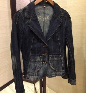 Жакет джинсовый приталенный