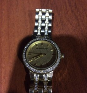 Часы кварцевые наручные женские