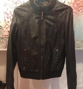 Куртка из прессованной кожи