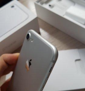 Айфон 7 идеальный срочно