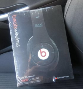 Beats wireless Bluetooth