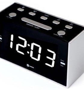 Радиобудильник Harper HLCK-2041