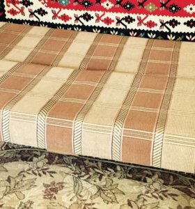 Мебель- мебельная стенка, кресло, стол, диван
