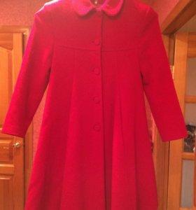 Срочно! Пальто для девочки