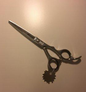 Новые ножницы парикмахерские прямые