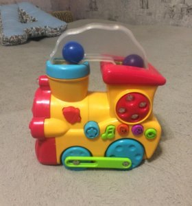 Паровозик. Развивающая игрушка.