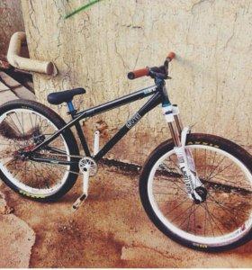 Велосипед стрит/дерт