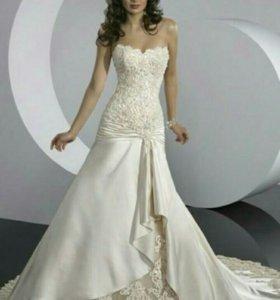 Свадебное платье р-р.46-50