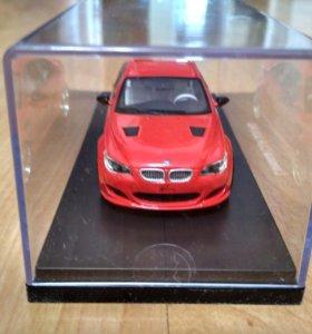 Модель BMW 1/43
