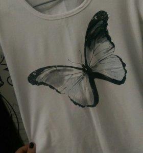Футболка с бабочкой