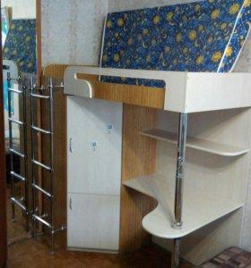 Детская кровать чердак. Шкаф стол полки
