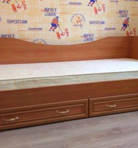 Кровать с матрасом и 2 ящиками