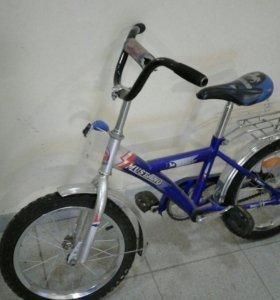 Велосипед четырехколесный
