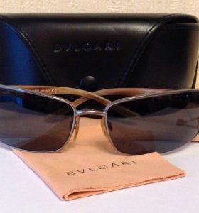 Солнцезащитные очки BULGARI