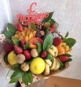 Букет из сухофруктов и фруктов