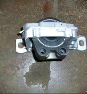 подушка двигателя на Ford focus 3 оригинал