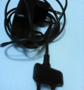 Sony Ericsson зарядное устройство