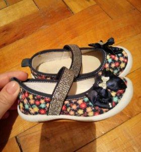 Летние туфли на девочку