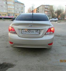 Hyundai Solaris 2012 AT