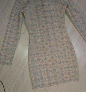 Платье новое 42-44 размер