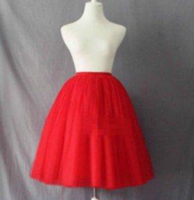 Красная юбка из Фатина 7 слоев