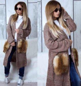 Вязаное пальто с нат. мехом