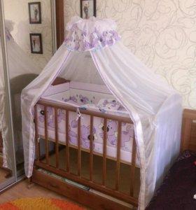 Детская кровать-маятник.