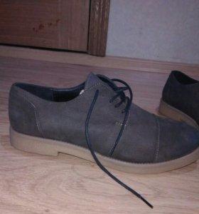 Ботинки новые, р 40