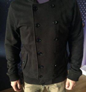 Куртка с капюшоном Bershka